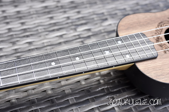Flight Travel Ukulele fingerboard