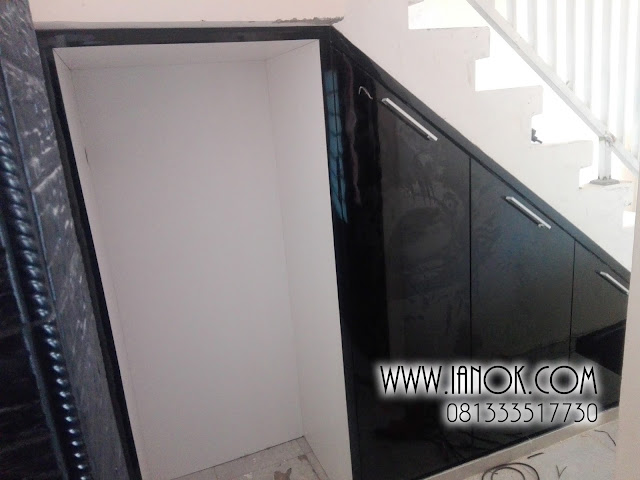 jual lemari bawah tangga surabaya sidoarjo mojokerto pasuruan gresik