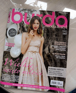 Burda 3/2017 - dużo sukien ślubnych i nie tylko