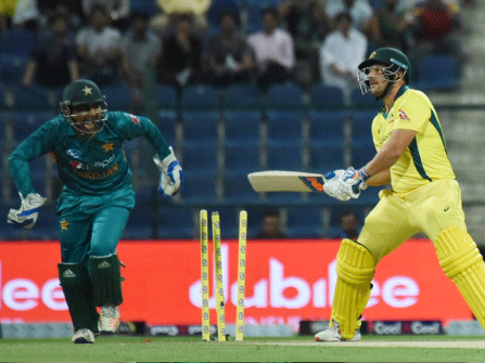 The golden opportunity to make Pakistan clean switched against Australia