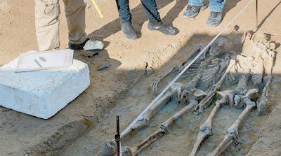 Ξεθάβονται ή θάβονται ξανά οι Δεσμώτες του Φαλήρου;