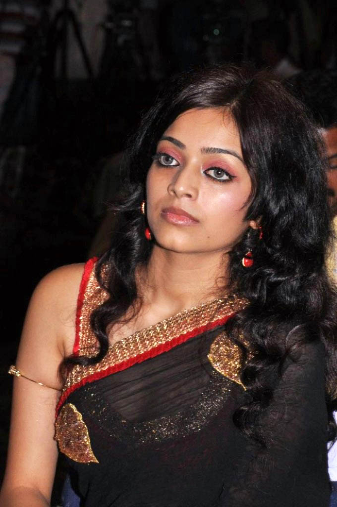 Sexy Indian Hot Actress Janani Iyer Sexy Transaparent -4159