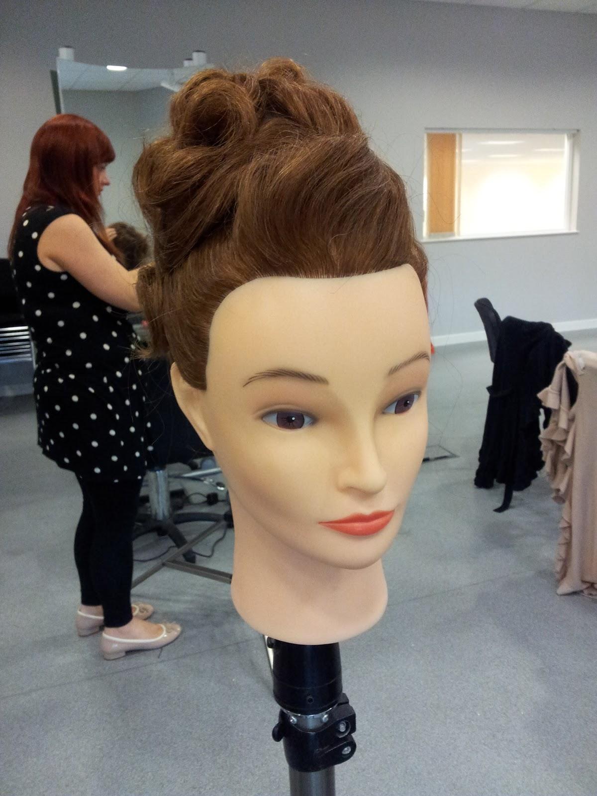 Super Louise Chrystal Hair Inspiring Anne Veck Hair Course Short Hairstyles For Black Women Fulllsitofus