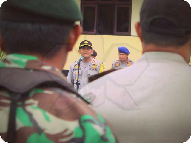 TNI dan Polri Amankan Ibadah Malam Kudus di Saumlaki