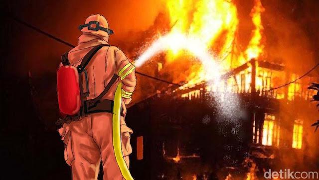 Kebakaran di Kementerian Pertahanan, 8 Mobil Pemadam Dikerahkan