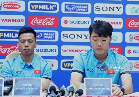 Xuân Trường tham gia họp báo trước khi tập huấn tại Hàn Quốc