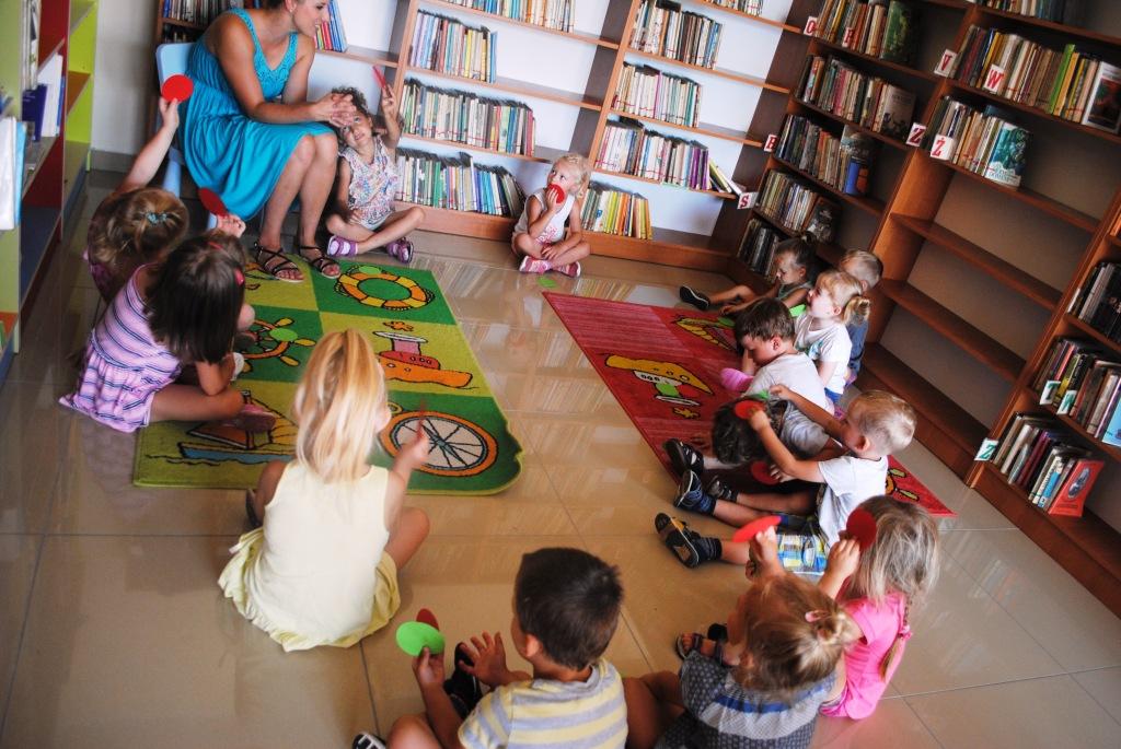 żłobek I Przedszkole Tęcza Wizyta W Bibliotece Wiersze Dla