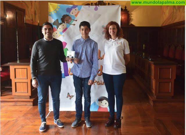 El Ayuntamiento de Los Llanos de Aridane reconoce a Víctor Espinosa, el joven palmero con mayor capacidad y velocidad de cálculo mental