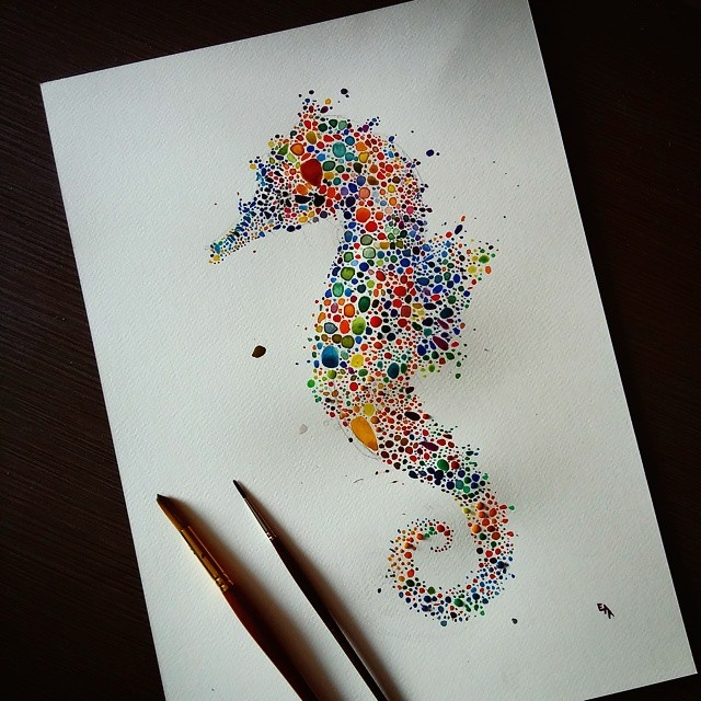 01-Seahorse-Ana-Enshina-anaensh-Dot-and-Circle-Animal-Paintings-Ishihara-Test-www-designstack-co
