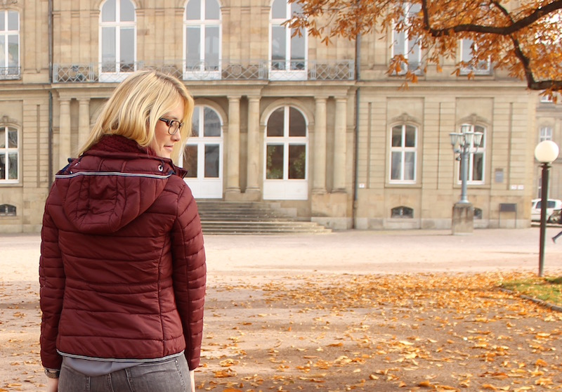 How to Style Look Rainy Days Gaastra Steppjacke bordeaux Overknee Boots Stuttgart Schlossplatz