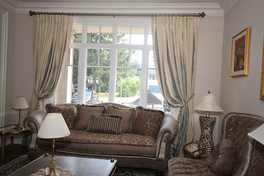 Choose Custom Window Treatments in Toronto for Beautiful House