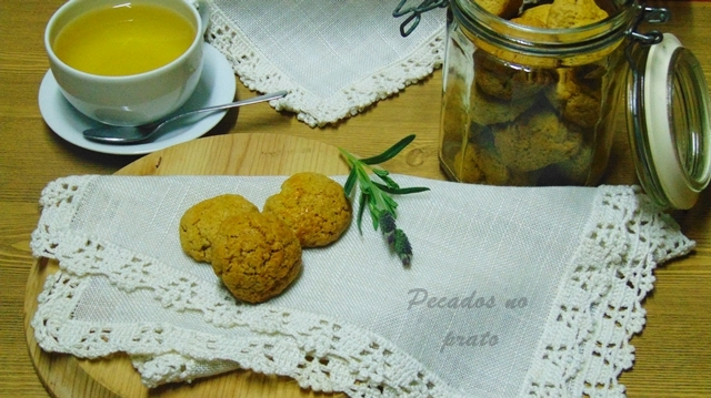 Receita de biscoitos de azeite com canela