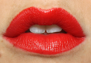Rimmel Lasting Finish Kate 15th Anniversary in Muse Red lip swatch