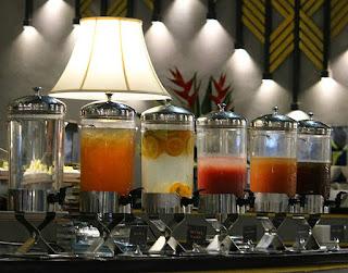 Drink Corner Garden Restaurant Savoy Homann Bandung