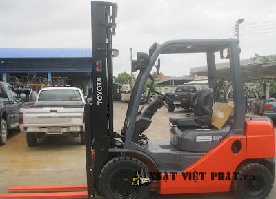 Xe nâng Toyota 62-8FD25 Diesel Forklift