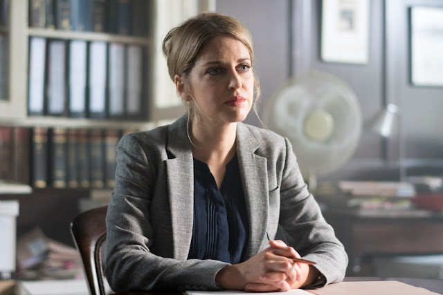 Amy Huberman en Striking Out