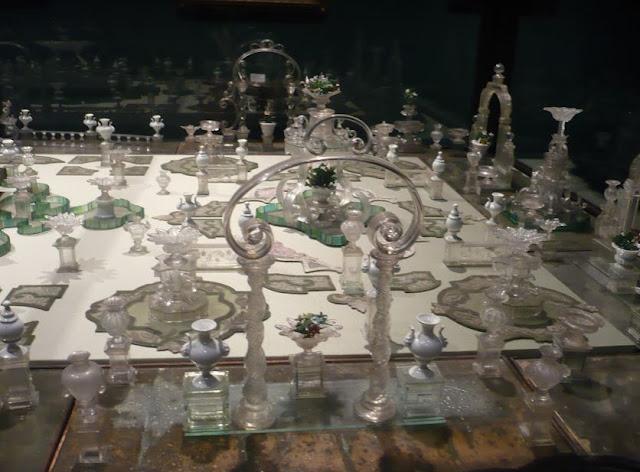 oggetti esposti al museo del vetro di murano