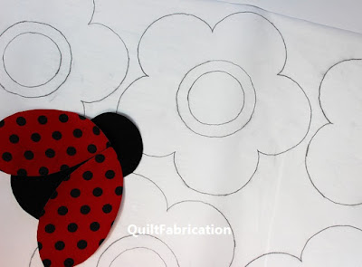 ladybug by QuiltFabrication