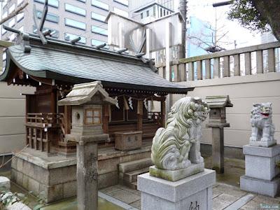 十四柱相殿神社狛犬