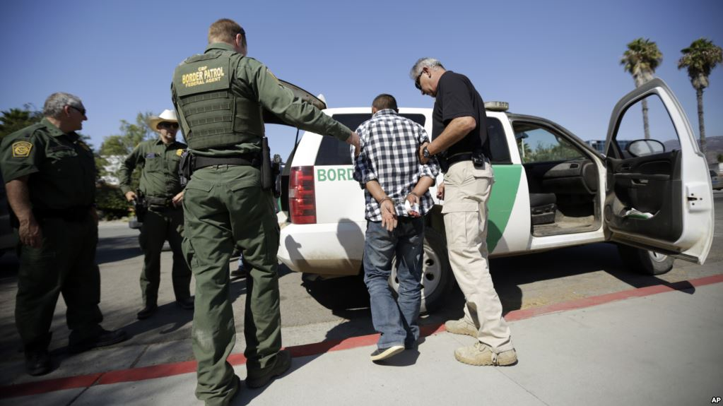 Departamento de Seguridad subraya la necesidad de una barrera física en la frontera