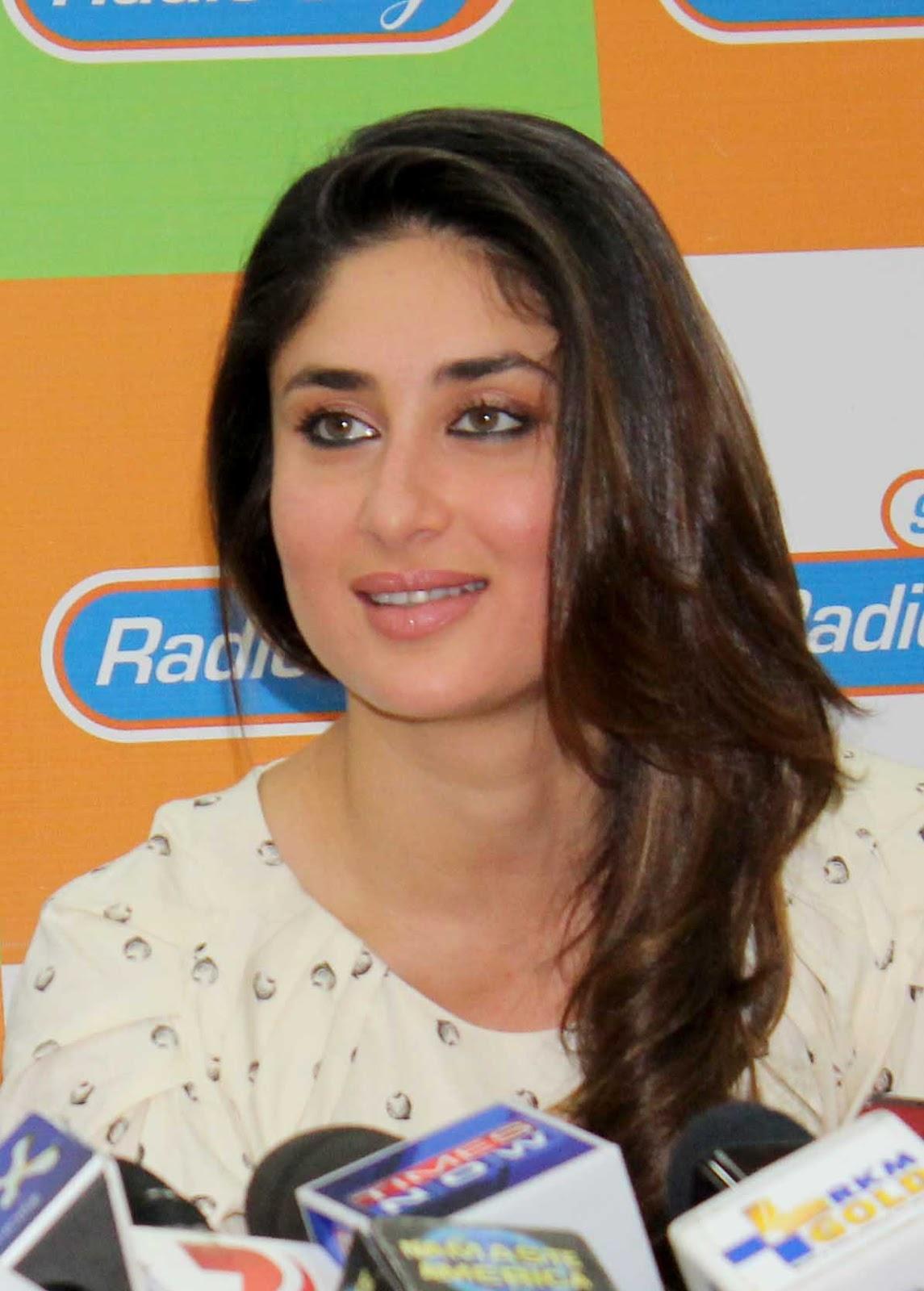 Bollywood Actress Face Closeup Stills Kareena Kapoor