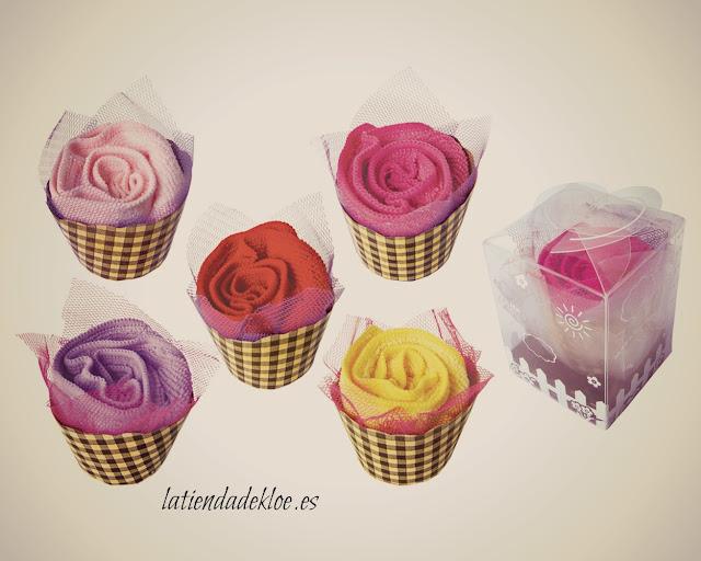 una bonita rosa para obsequiar a tus invitadas de boda, un detalle barato si tienes muchas invitadas.