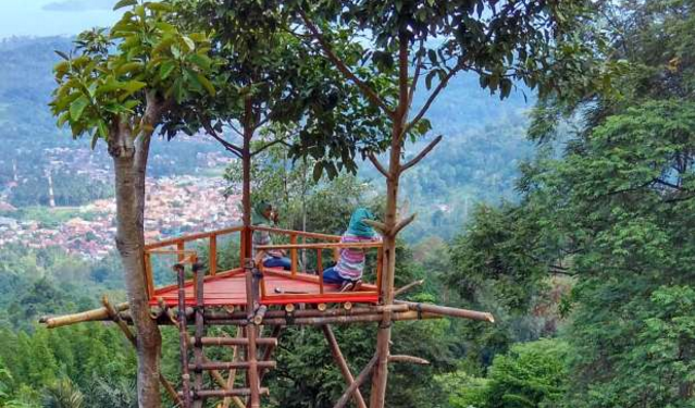 Wisata Muncak Teropong Laut Di Lampung