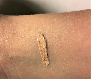 wet n wild photofocus concealer light ivory swatch