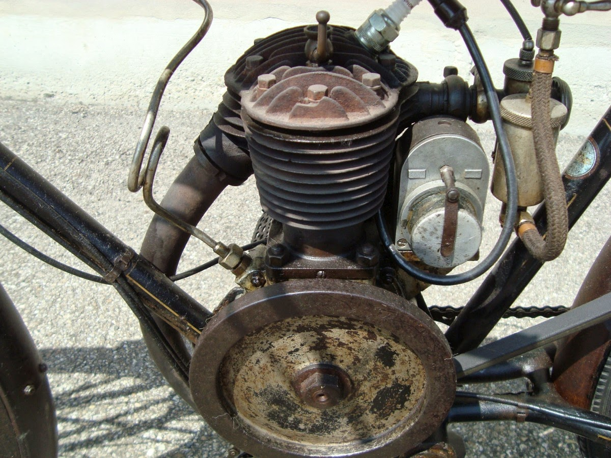 Moto-cibi Claude Delage - motore