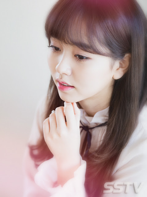 Kim So-Hyun Photos / Wallpaper