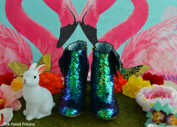 irregular choice alice who in the world am i? front