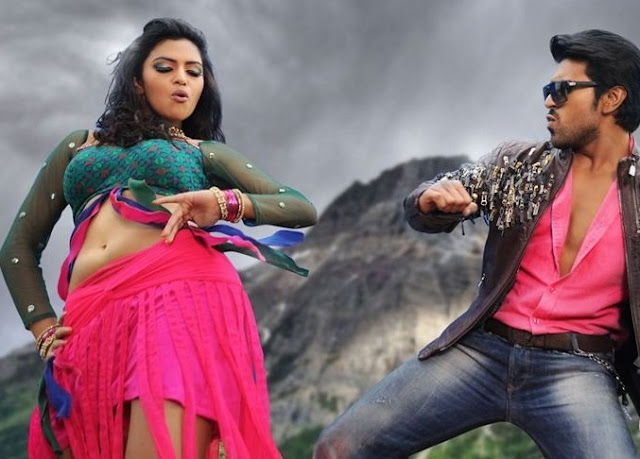 Amala paul showing her sexy navel to ramcharan to taste it