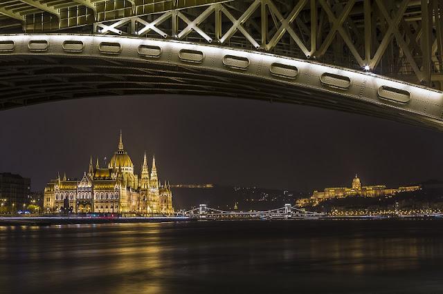 Passeio a noite pela cidade de Budapeste