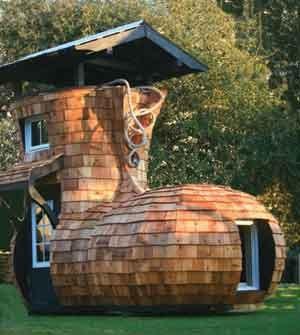 Relaxshacks Com Shoe Shaped Cabins And Playhouses A