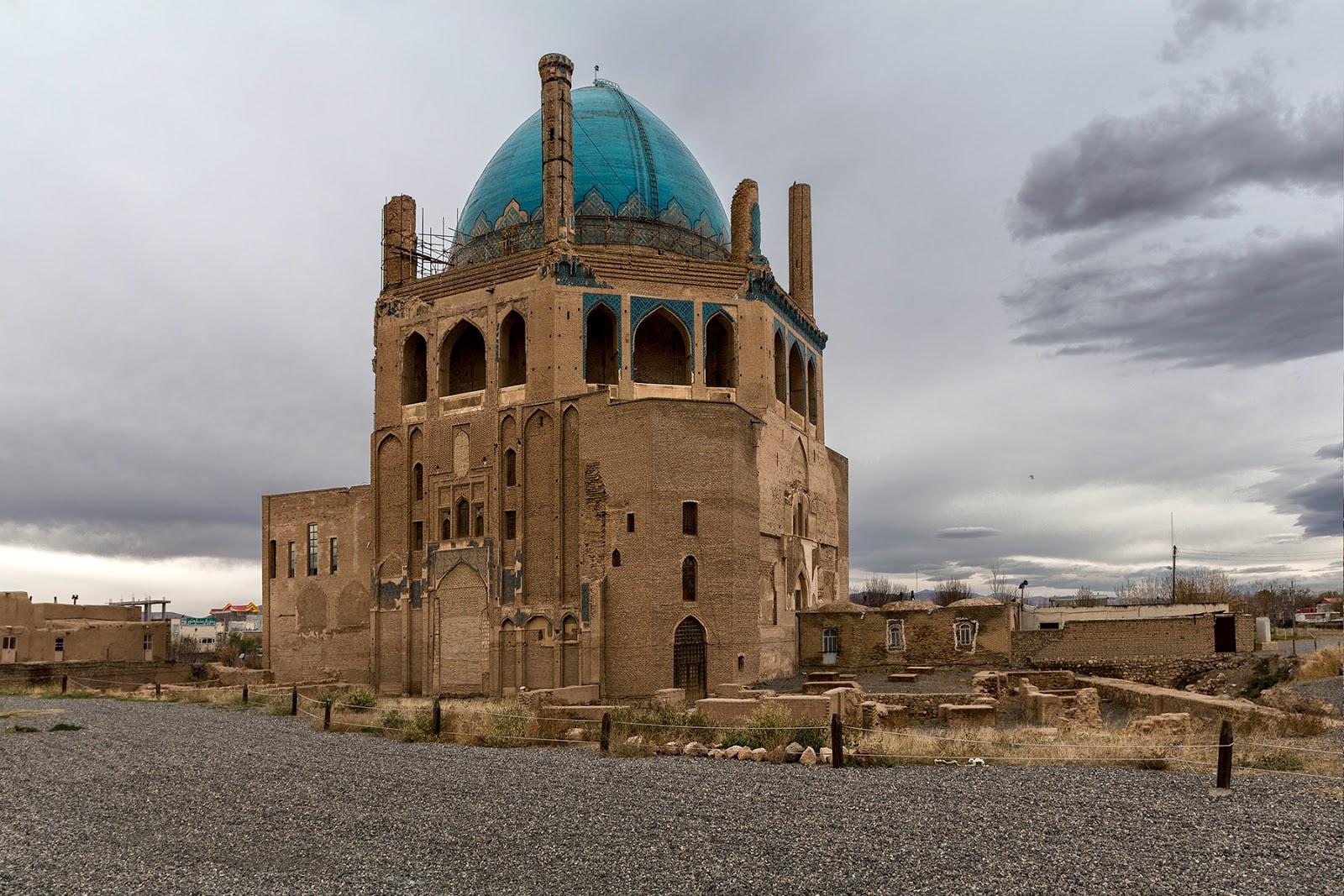 Iran-Soltaniyeh i Deyr Gachin