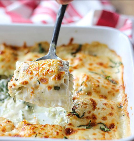 Spinach and Artichoke Ravioli Bake