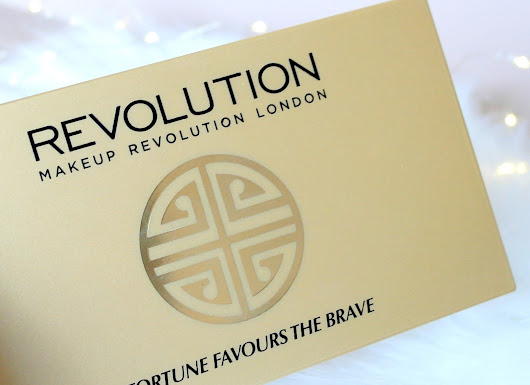 MAKE UP REVOLUTION FORTUNE FAVOURS THE BRAVE