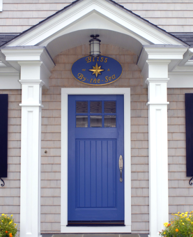 Let the front door be the portal to your sea loving personality! Here are 17 coastal front doors and decorations to inspire you! & 17 Front Doors \u0026 Decorations with Coastal \u0026 Nautical Personality ... Pezcame.Com