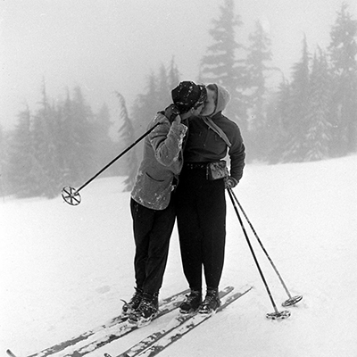 http://vintageski.tumblr.com/post/30750712515/timberline-lodge-ski-club-party-timberline-lodge