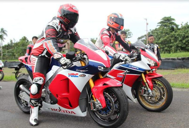 merasakan-performa-Honda-RCV213V-S