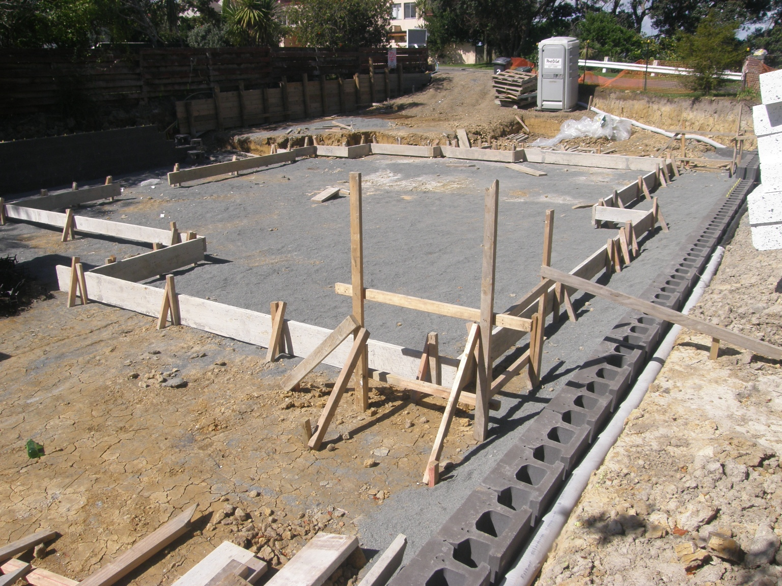 Is Concrete Expensive To Build A House With