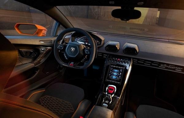 Lamborghini Huracán EVO 2019 Interior