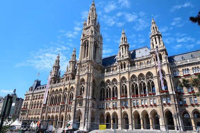 Viena ayuntamiento a golpe de objetivo