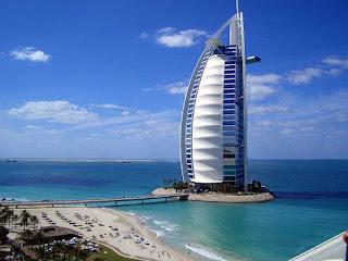 El Burj Al Arab en Dubái el hotel mas caro y lujoso del mundo. El hotel mas alto del mundo