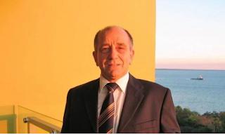 Ο καθηγητής που αφιέρωσε τη ζωή του στη διάδοση της Ελληνικής γλώσσας στην Αυστραλία