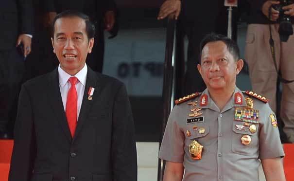 Habiburokhman Kritik Jokowi Pajang Foto Tito Saat Kampanye di Sumsel