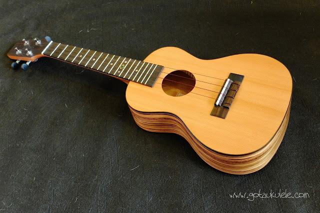 Omega Music Zedro Ukulele