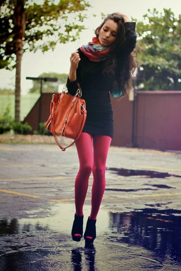 Street Fashion coloured tights
