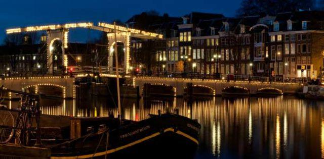 mercatini-natalizi-ad-amsterdam-poracci-in-viaggio