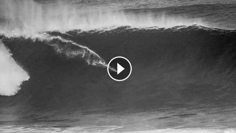 AXI MUNIAIN -First solid swell